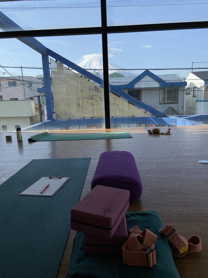 komorebi hot yogaの画像